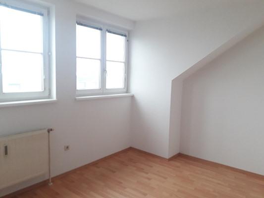 Immobilie von Schönere Zukunft in 2640 Gloggnitz, Dr.-Adolf-Schärf-Straße 3 / TOP 17 #6