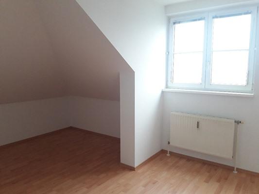 Immobilie von Schönere Zukunft in 2640 Gloggnitz, Dr.-Adolf-Schärf-Straße 3 / TOP 17 #8