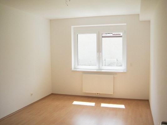 Immobilie von Schönere Zukunft in 2630 Ternitz, Ruedlstraße 44b / Stiege 2 / TOP 1 #6