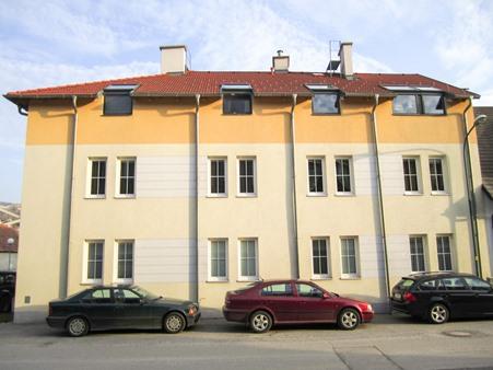 Immobilie von Schönere Zukunft in 2405 Bad Deutsch Altenburg, Korngasse 11 / Stiege 2 / TOP 1 #0