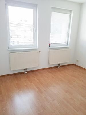 Immobilie von Schönere Zukunft in 2225 Zistersdorf, Hauptstraße 31-33 / Stiege 2 / TOP 2 #3