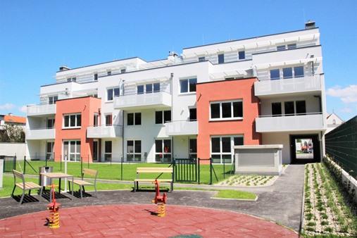 Immobilie von Schönere Zukunft in 2301 Groß-Enzersdorf, Kirchenplatz 8-9 / Stiege 1 / TOP 6 #0